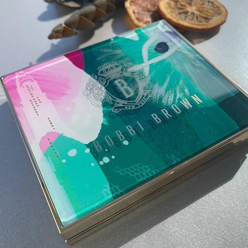 BOBBI BROWN(ボビイブラウン) リュクスアンコール アイシャドウパレットを使ったマト子さんのクチコミ画像2