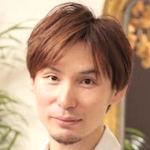 シャンプーソムリエ / 美容師 / 秘密基地 オーナー 渡辺 顕弘