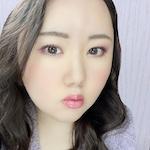 メイクアップアドバイザー / 美容ブロガー |              安田 柚舞