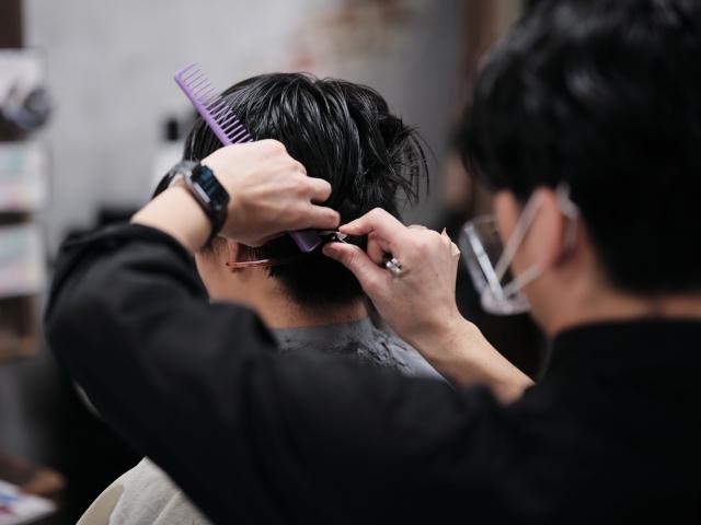 美容室オーナー / 商品開発アドバイザー 吉野 裕太