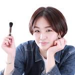 フリーランス メイクアップアーティスト / 美容師 |              小楠 知恵