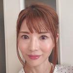 美容ブロガー / コスメコンシェルジュ / サプリメント管理士 |              TOMOKO