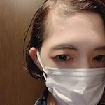 現役ビューティーアドバイザー |  華香 あゆみ