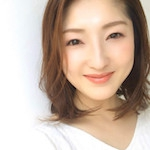 メイクレッスン講師 / 『Makeup 花mirror 』代表 |              松田 沙耶花