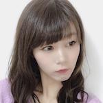 あやくる(美容ブロガー / 元モデル / 元アイドル)