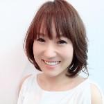 メイクアップアーティスト、ネイリスト / 美容専門学校講師 |              坂井 麻里