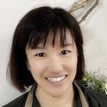 アロマテラピーインストラクター / ニコリアロマテラピースクール 共同代表 |  神﨑 智子