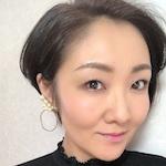 メイク講師 / メイクアップアーティスト |  小野 麻衣