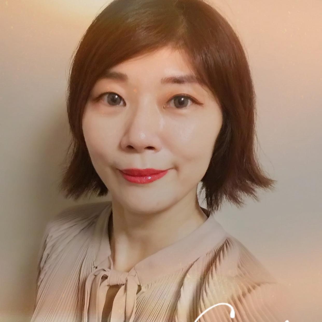 EReNA美香 / 女性のプロフィール画像