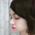 元エステティシャン / 化粧品レビューライター |  RoseBotanical