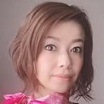 コスメコンシェルジュインストラクター / メイクセラピーアドバイザー |              桐山 麻里