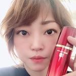 エイジングケアお忍びサロンオーナー / 美容製品卸事業経営 |  鈴木 香織